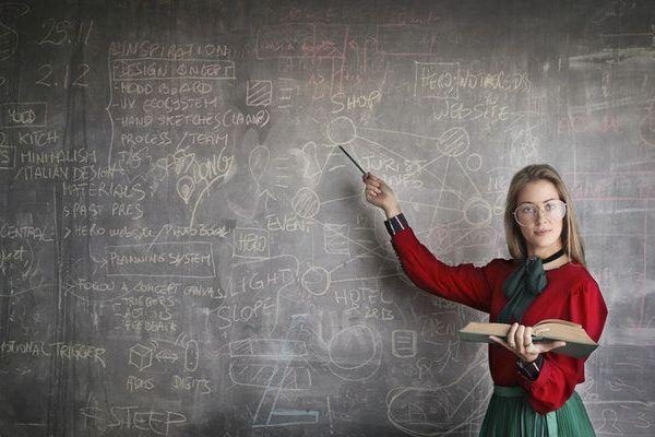 Eğitim Seslendirmelerindeki Hız Ne Kadar Olmalı?
